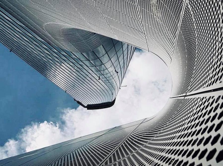 Podium Hadid – Milan